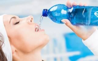 Можно ли и надо ли пить воду во время тренировки и сразу после занятий при похудении