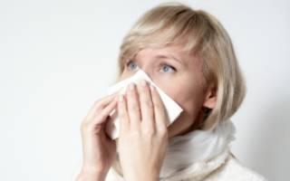 Как лечиться, если слезятся и болят глаза при насморке и простуде