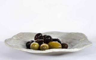 Маслины: калорийность консервированных плодов, маслин черных, без косточек и пищевая ценность продукта