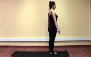 позы йоги для начинающих: поза горы Тадасана